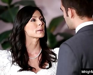 Stepmom getting drilled by son in advance of the wedding