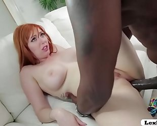 Pornstar hottie lauren phillips likes teasing outdoor and craves bbc