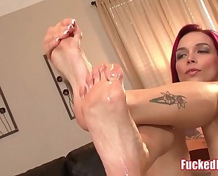 Red head anna bell peaks gives astonishing footjob in screwed feet scene!