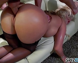 Spizoo - phoenix marie acquire a good fuck by tony ribas