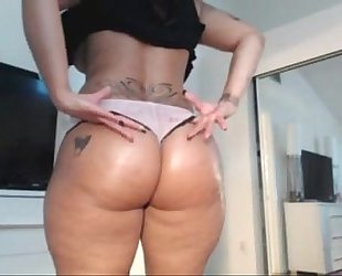 Spicyj fucking herself - fapnfap.cf