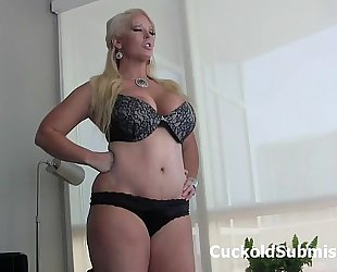 Dominatrix alura jenson makes u her cuck