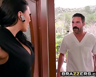 Dirty masseur - rubbing a rod in her poon scene starring rachel starr and charles dera