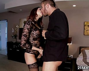 Exclusive babe chanel preston's intimate little affair.