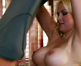 Sara vandella gangbanged by favourable stud