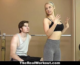 Therealworkout - sexy milf copulates fitness client